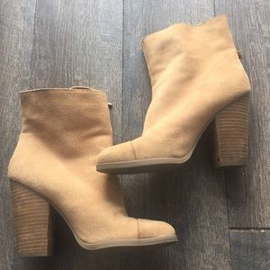 Luxe justfab booties size 8.5